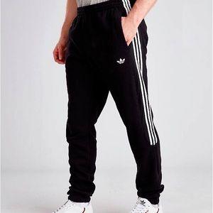 adidas with white stripes sweatpants